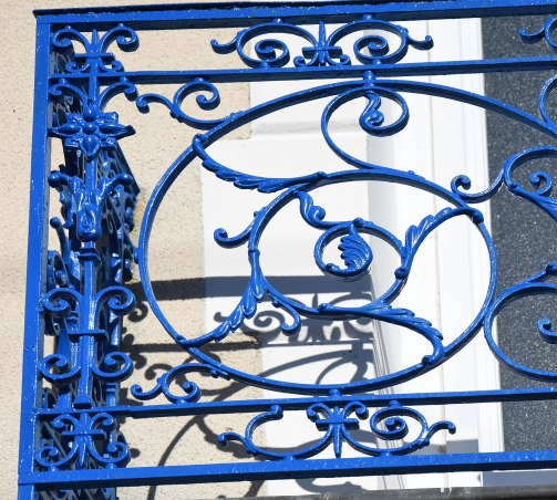 balcon-bleu-detail