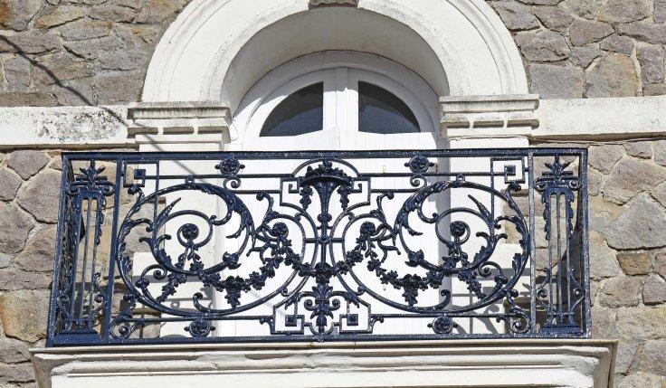 balcon-noir