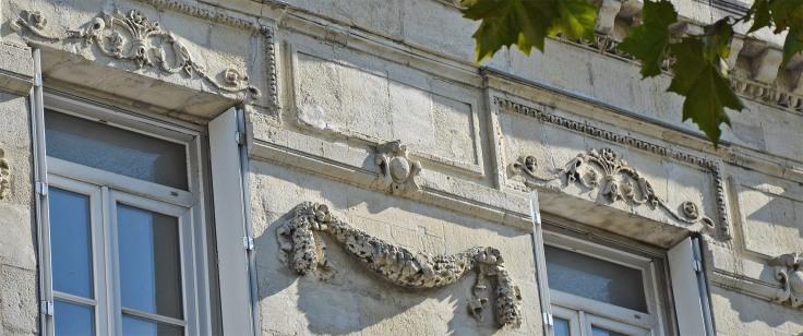 detail-facade-19e