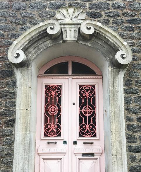 porte-maison-rose