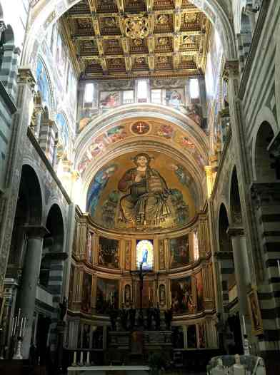 cathedrale-interieur-1