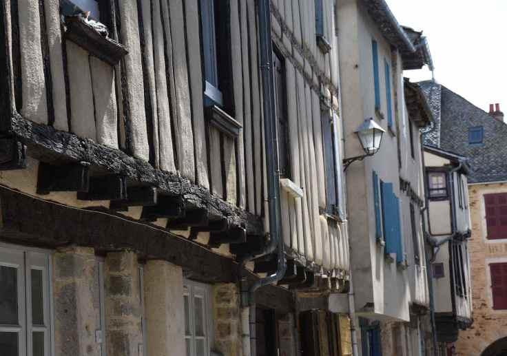 Sauveterre-facades
