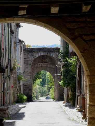 Sauveterre-porte-1