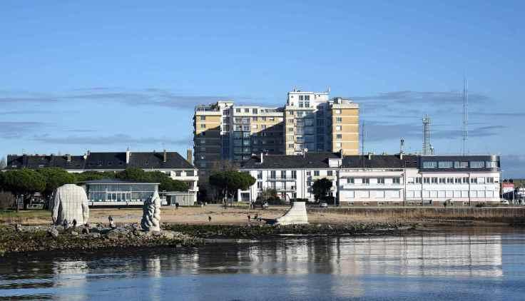 avant-port-st-nazaire-avec-oeuvres-Estuaire-2021